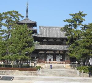 法隆寺へ行きました