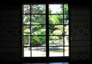 太宰の母の部屋から見る景色-斜陽館